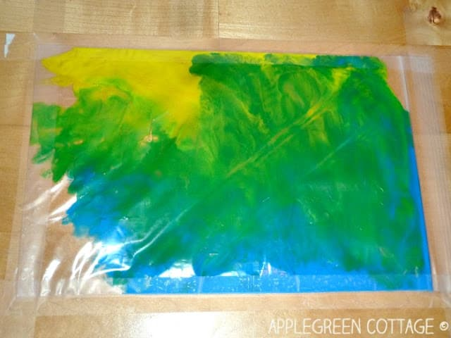 no mess finger-painting for kids